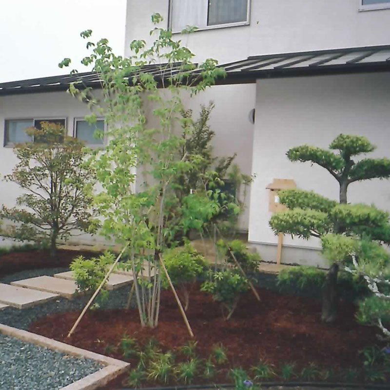 造園施工・薪囲い・樹木管理・